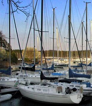 Lake Lanier Real Estate on Lake Lanier Marinas   Lake Lanier Marina Information   Lake Lanier
